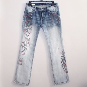 Driftwood | Strawberry Blossom Embroidered Jeans